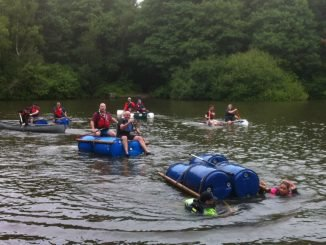 Raft racing for team building
